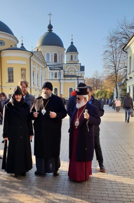Представители Кипрской Православной Церкви посетили Покровский монастырь