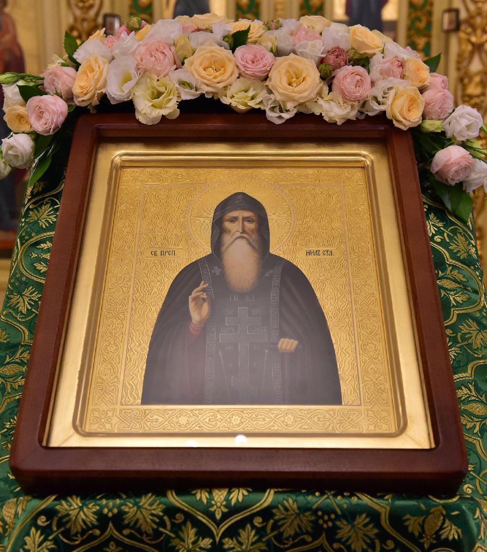 День памяти преподобного Нила Столобенского.  Всенощное бдение с чтением акафиста