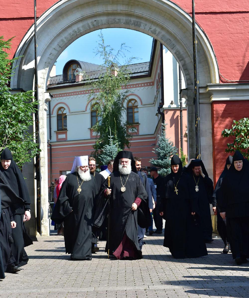 Блаженнейший Патриарх Александрийский Феодор и представители Поместных Церквей завершили визит в Покровскую обитель
