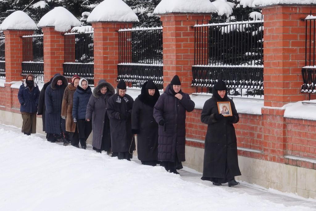 Игумения Феофания посетила подворье Покровского монастыря в селе Марково