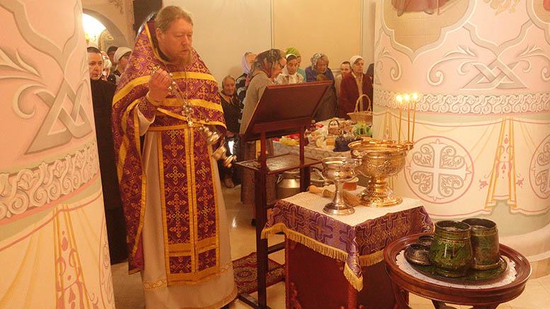 Изнесение Честного и Животворящего Креста Господня в селе Марково