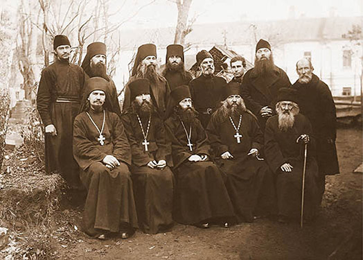 The abbots, brethren and parishioners of the monastery until 1929