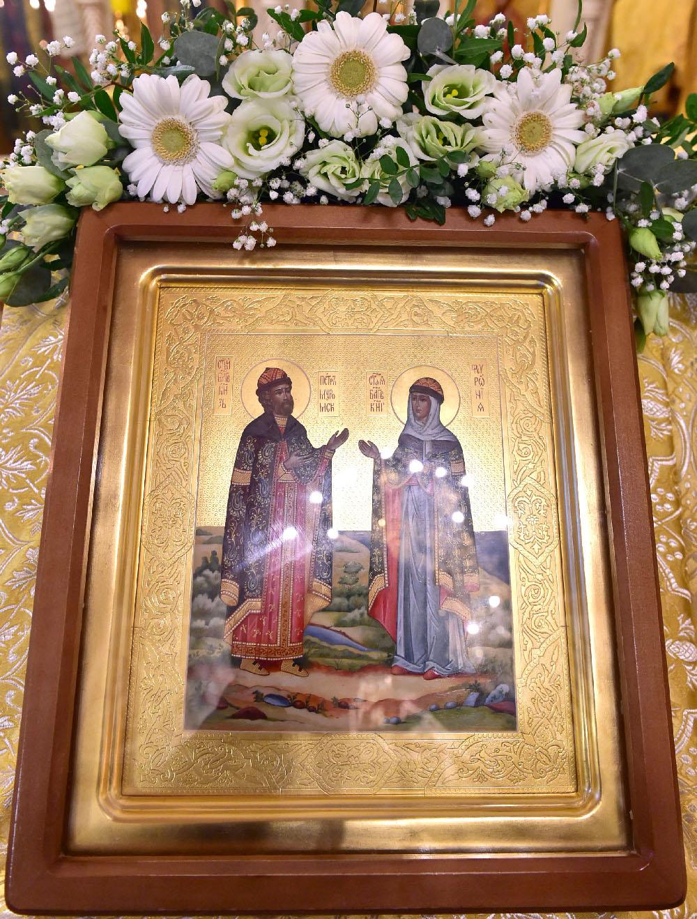 Престольный праздник обители в день перенесения мощей благоверных князя Петра и княгини Февронии Муромских чудотворцев