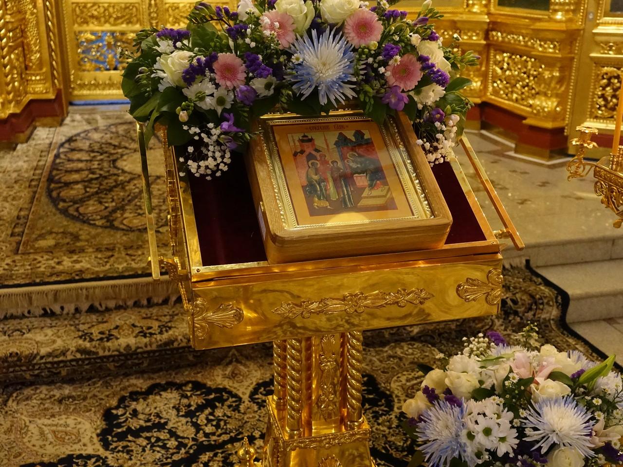 Праздник Сретения Господня на подворье Покровского монастыря в Троице-Лыково