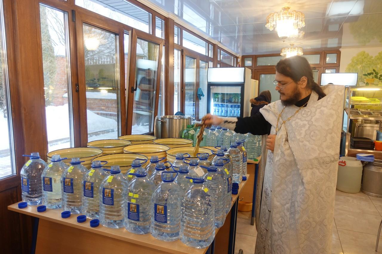 Крещенский сочельник на подворье Покровской обители в селе Марково